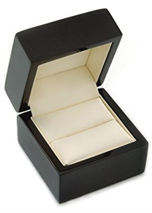 Recyclable Beautiful Jewelry Box , Black Wooden Classical Ring Jewelry Organizer Box